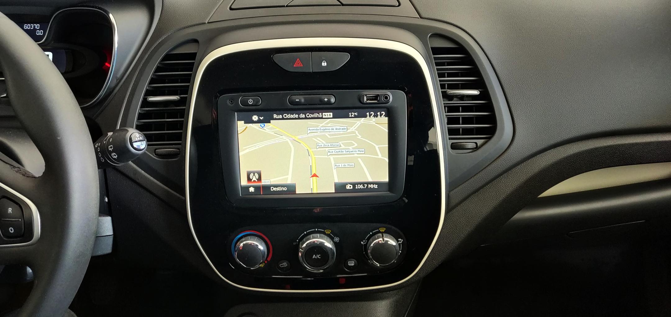 Renault Captur 1.5 Dci   Imagem 11