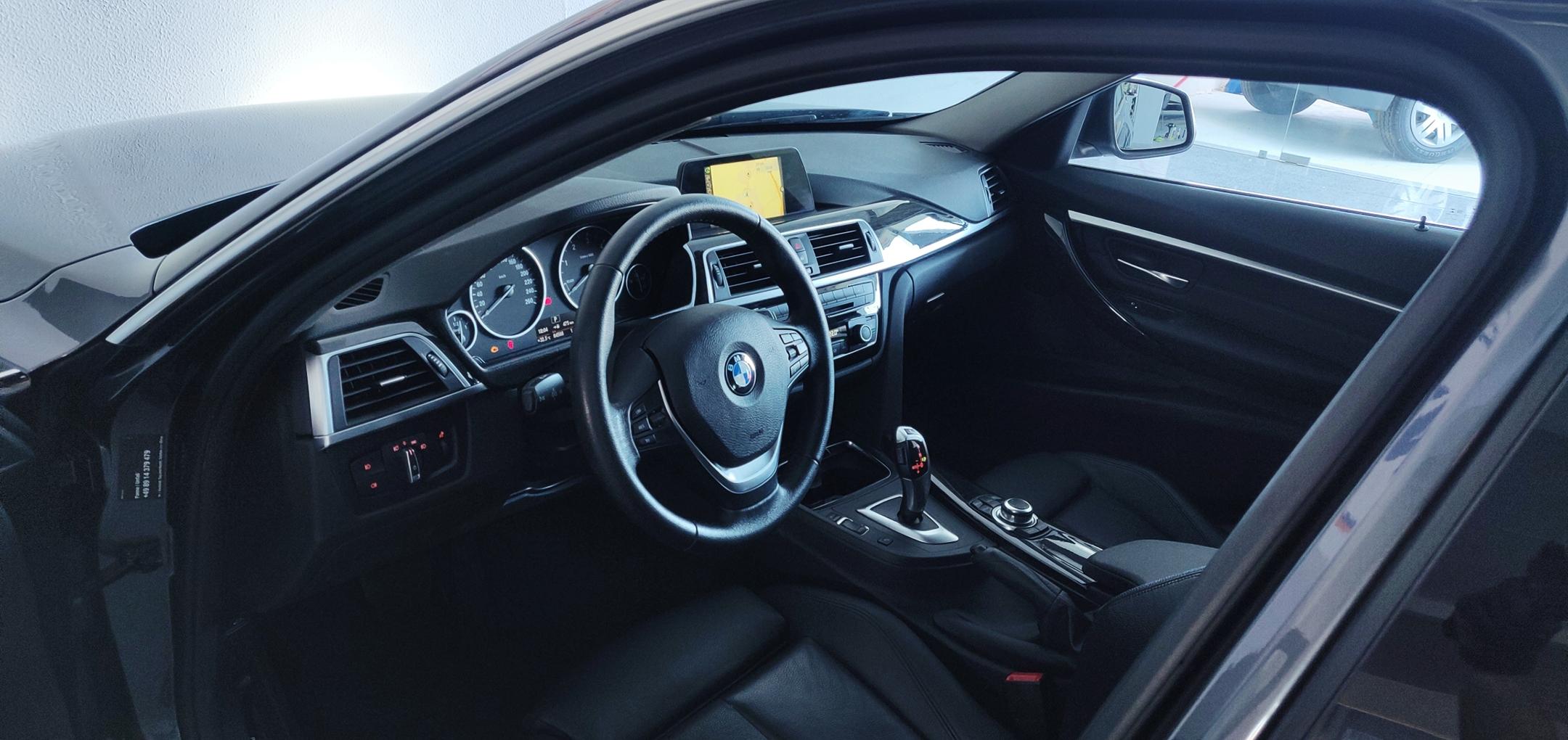 BMW 320 Luxury Line   Imagem 21