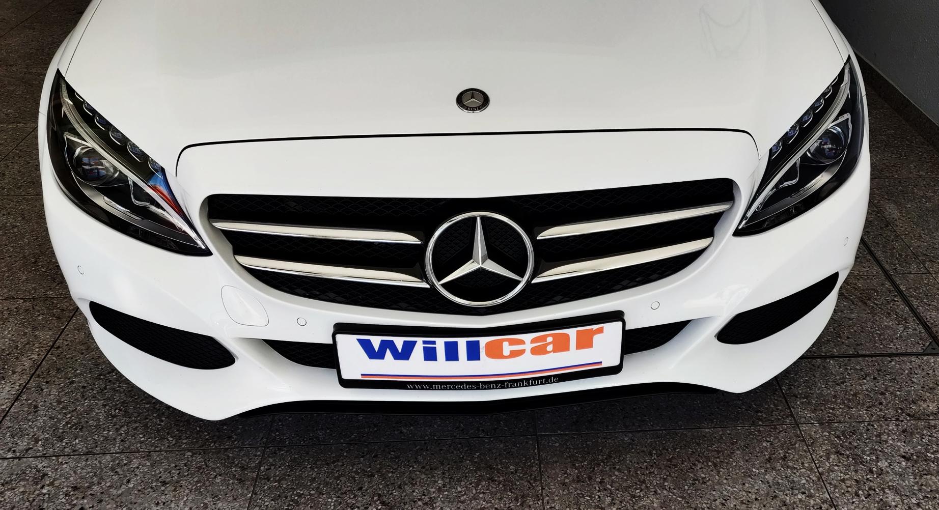 Mercedes-Benz C 220 Pack Night | Imagem 3