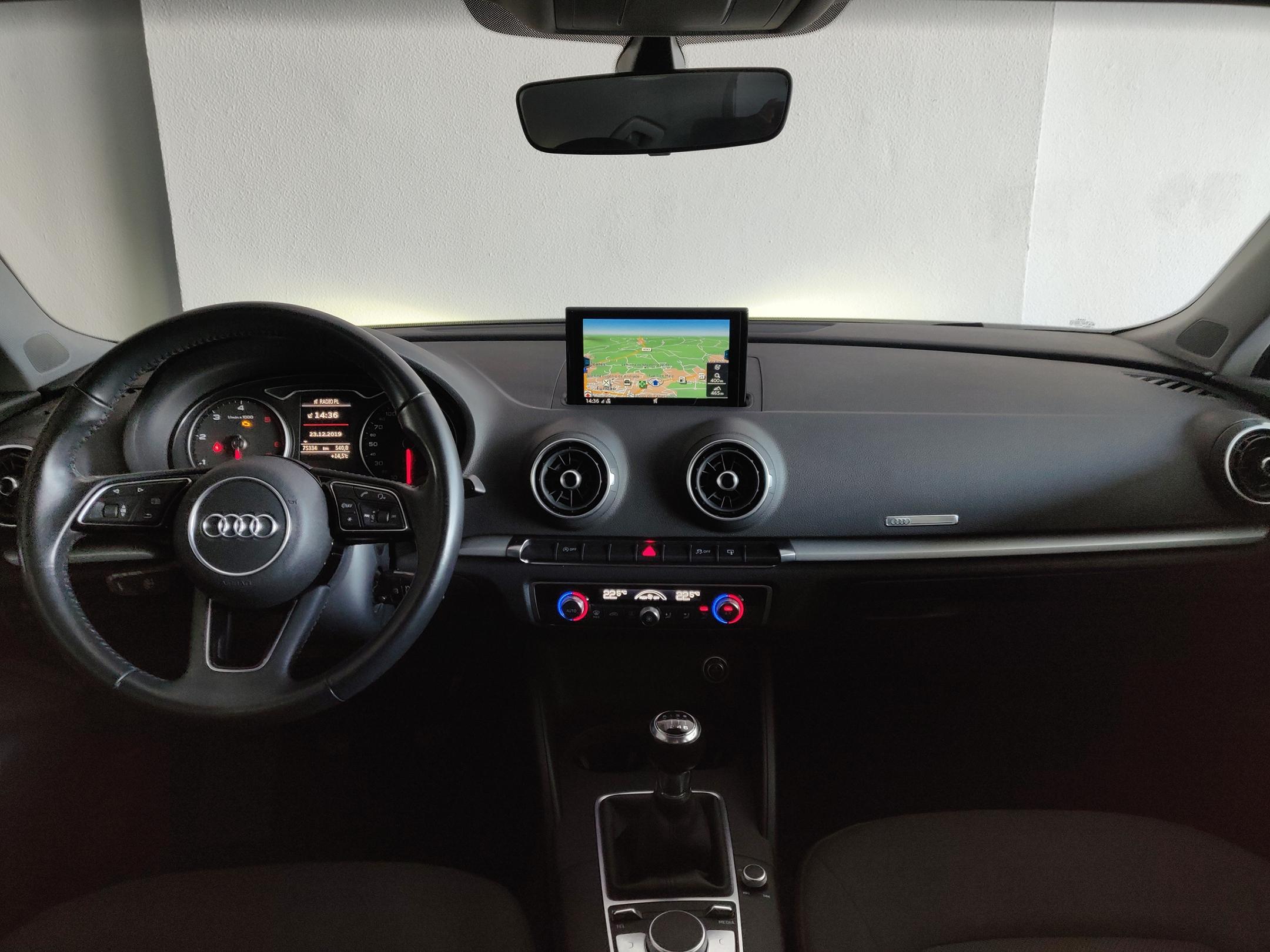 Audi A3 1.6 Sportback | Imagem 9