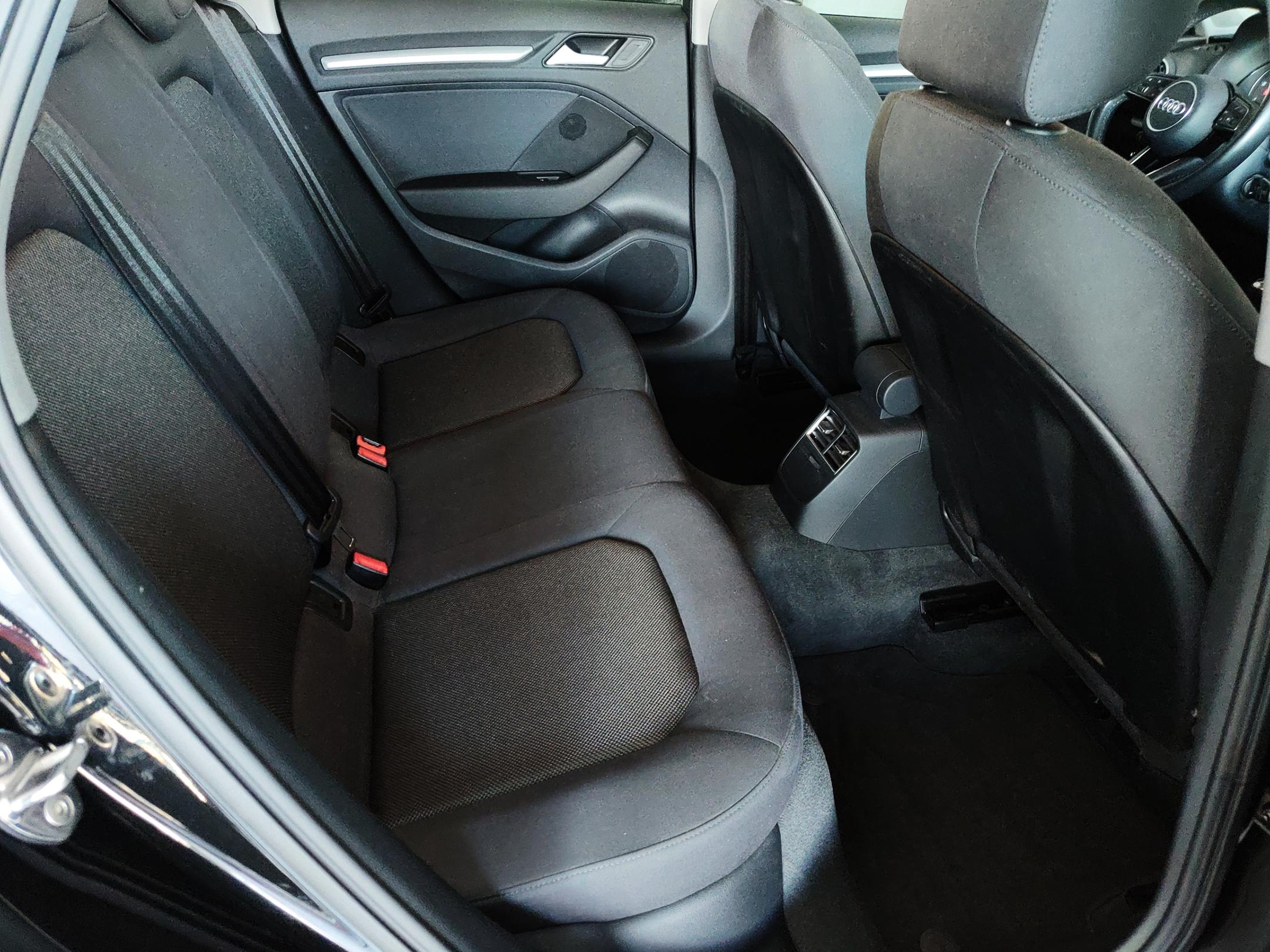 Audi A3 1.6 Sportback | Imagem 13