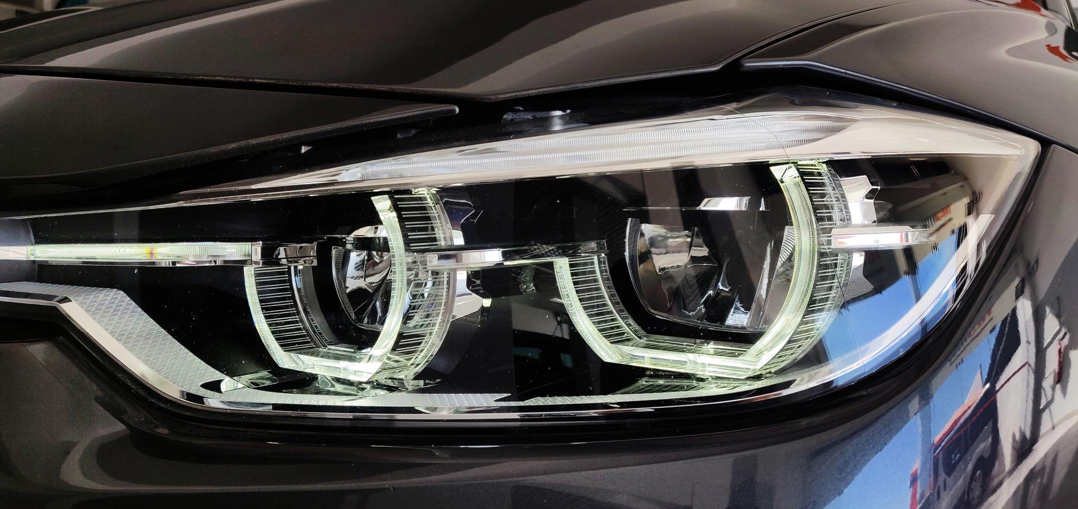 BMW 320 Luxury Line   Imagem 9