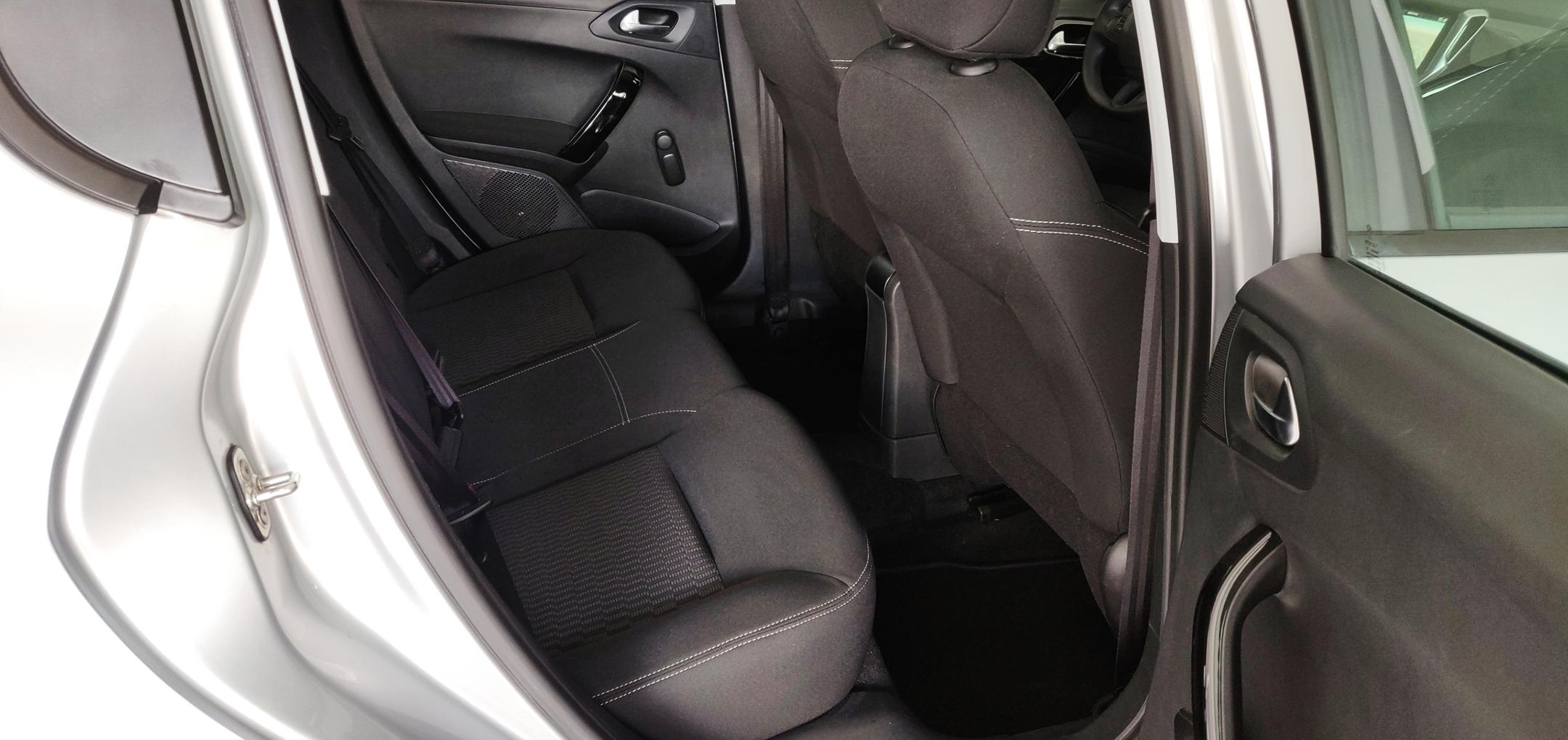 Peugeot 208 1.6 Active   Imagem 19