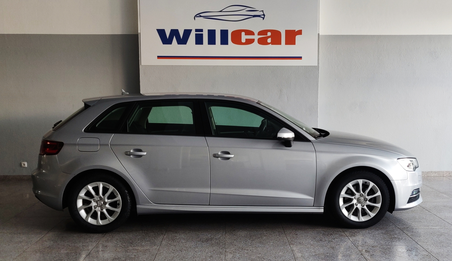 Audi A3 1.6 Sportback Ultra   Imagem 7