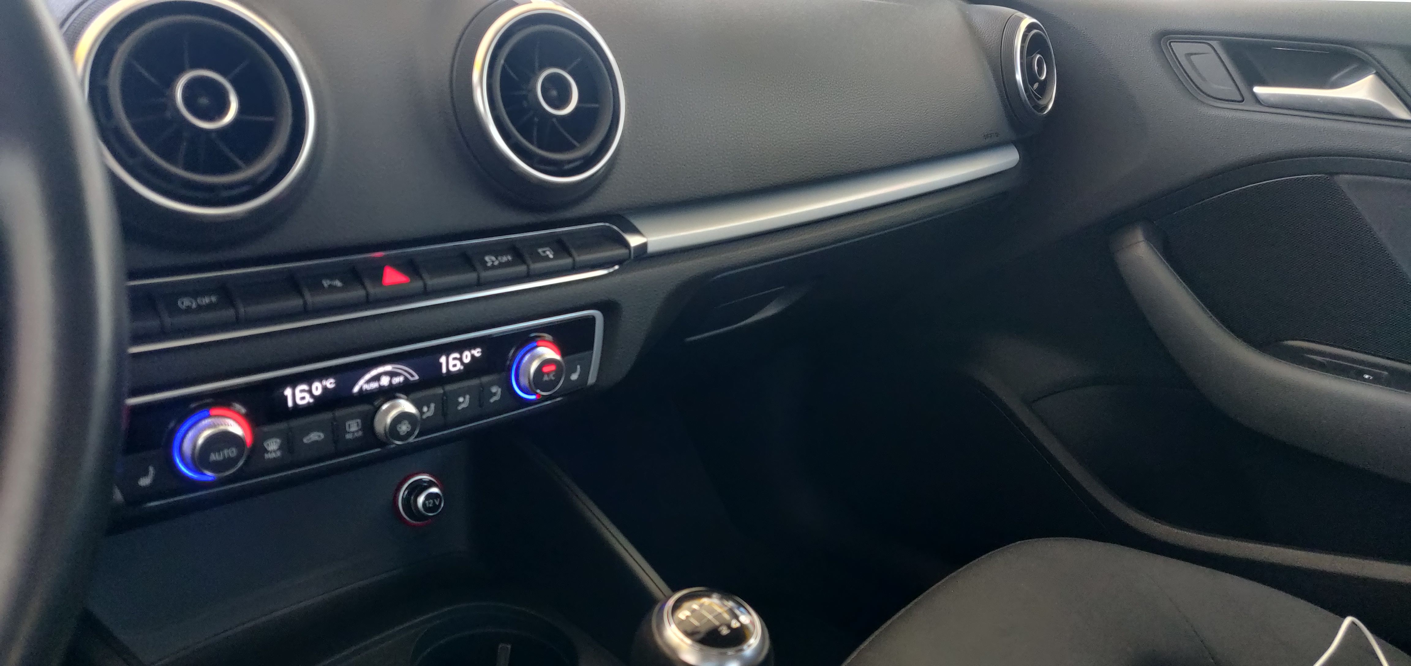 Audi A3 1.6 Sportback Ultra   Imagem 18
