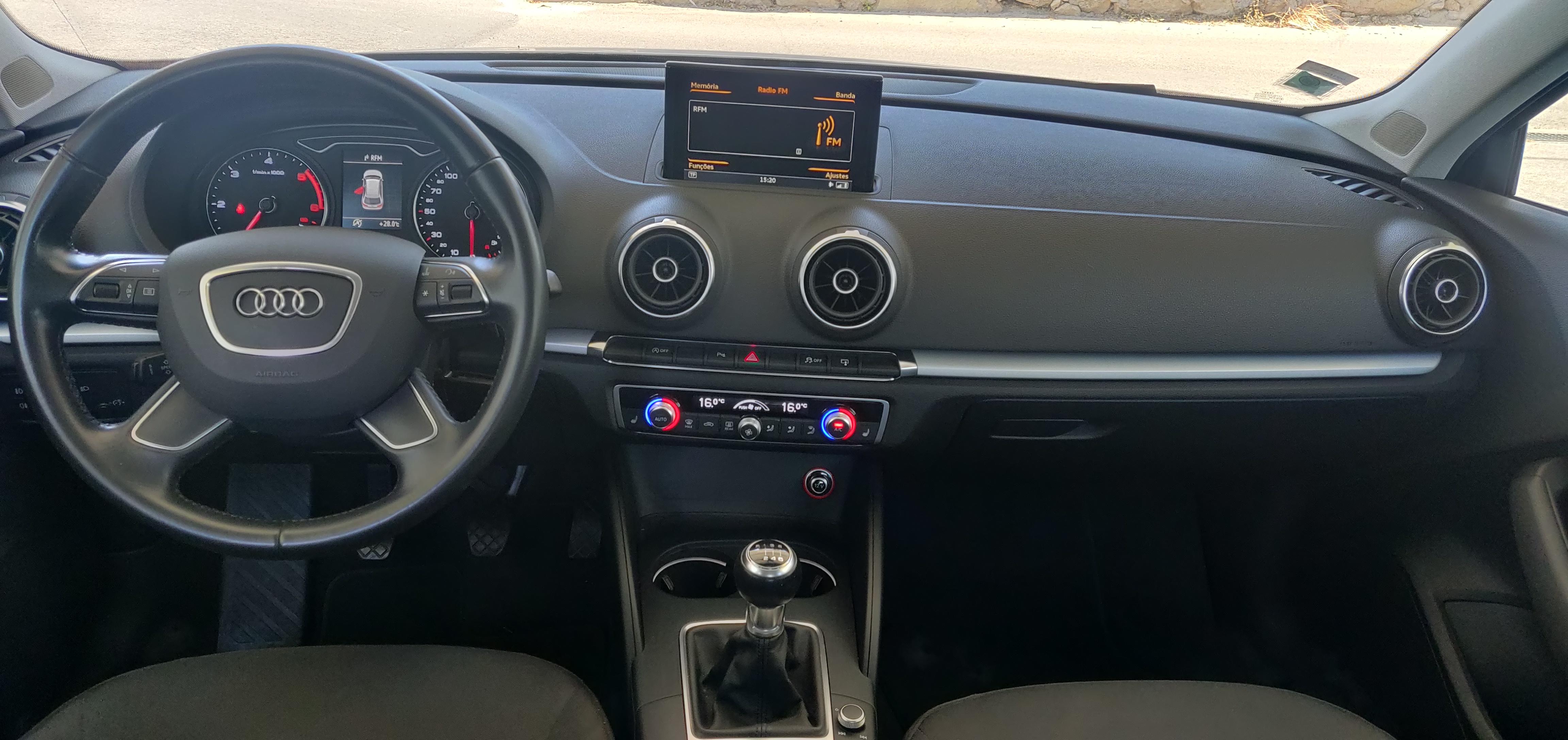 Audi A3 1.6 Sportback Ultra   Imagem 19