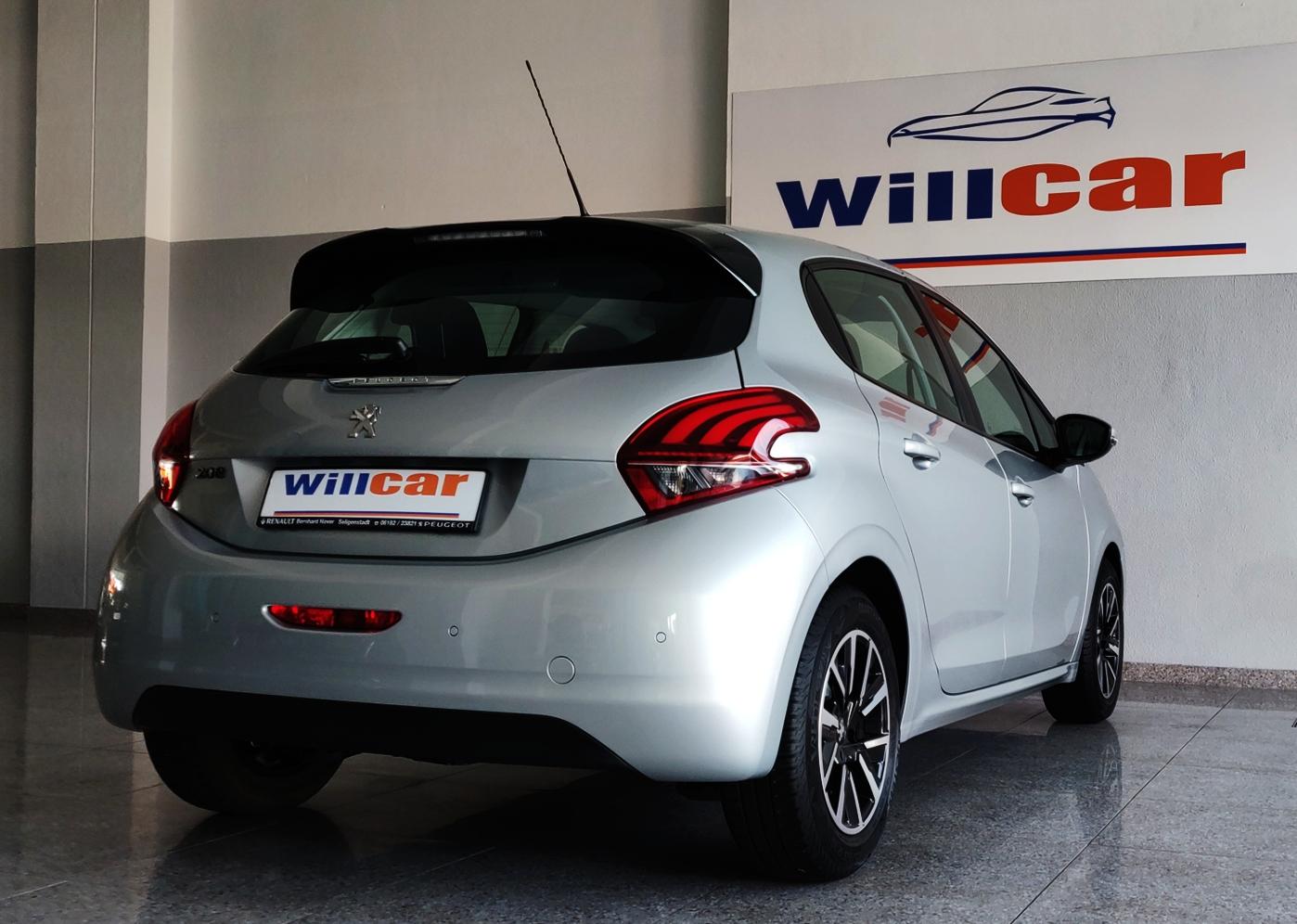 Peugeot 208 1.6 Active   Imagem 7
