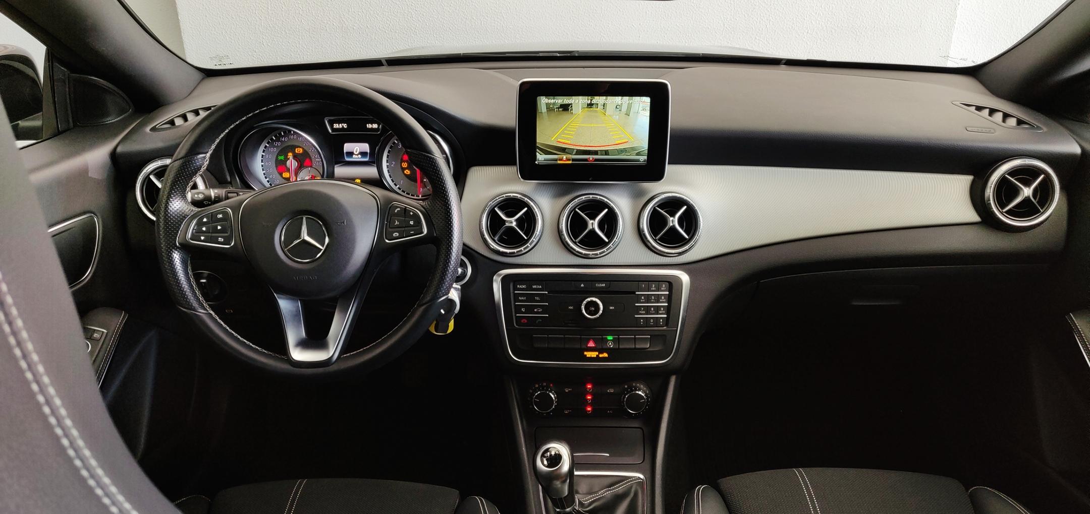 Mercedes-Benz CLA 180 Shooting Brake Urban | Imagem 12